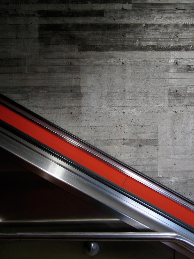 Urban-west portal escalator IMG_4888