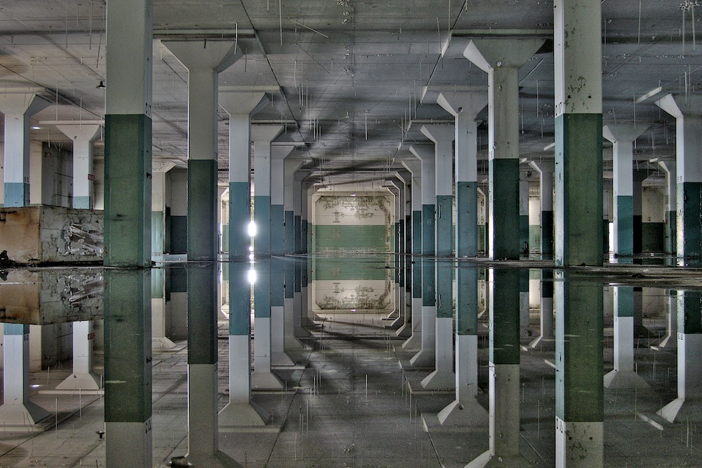 Mare_hall of mirrors II  - Version 2